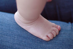 нога s младенца Стоковое Фото