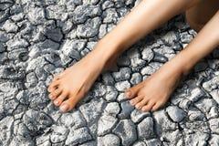 Ноги, ноги более низкая оконечность ноги под лодыжкой, на w стоковые фото