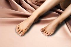 Ноги, ноги более низкая оконечность ноги под лодыжкой, на w стоковые изображения rf