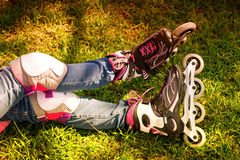 Ноги в коньках ролика Стоковая Фотография
