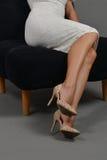 Ноги женщины, высокие пятки Стоковое Изображение