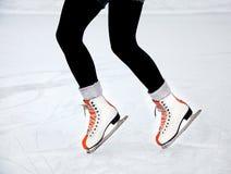 ноги конькобежца льда Стоковые Изображения RF