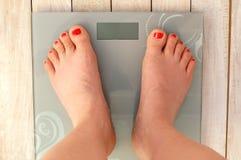 Ноги на масштабах без текста Стоковые Фото