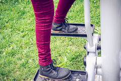 Ноги работая в парке Стоковое Изображение