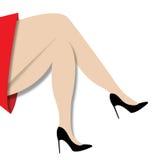 Ноги скрещивания женщины Стоковые Фотографии RF