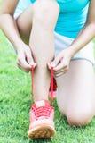 Ноги спортсмена бегуна стоковые фото