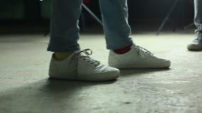 Ноги танцев большие сток-видео