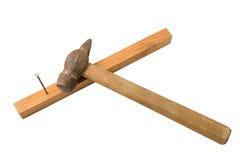 ноготь бил молотком в доску стоковое изображение rf