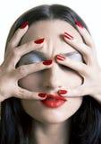 ногти губ девушки красные Стоковые Фотографии RF