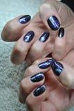 Ногти, руки, женщина Стоковое фото RF