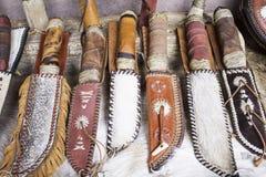 Ножи и карманные ножи стоковое изображение rf