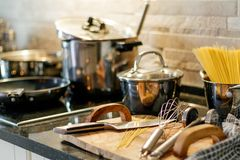 Ножи утварей кухни Стоковое фото RF
