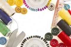 ножницы полотна холстины кнопок измеряя установили ленту поставк Стоковая Фотография