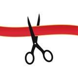 Ножницы режа красную предпосылку белизны ленты также вектор иллюстрации притяжки corel Стоковая Фотография