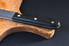 Нож на прерывая доске Стоковое Изображение RF