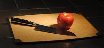 нож яблока Стоковая Фотография