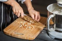 Нож для разрезания миндалин Стоковое Фото