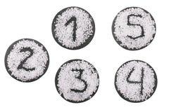 Номера солью на круглой каменной доске 1-5 Стоковое Изображение RF