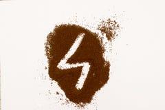 Номер сделанный из земного изолированного кофе на белой предпосылке стоковые изображения
