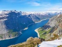Норвегия - изумляя взгляд на дивном фьорде стоковое фото rf