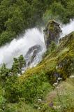 Норвегия - национальный парк Jostedalsbreen - водопад Стоковые Фотографии RF