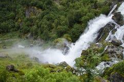 Норвегия - национальный парк Jostedalsbreen - водопад Стоковая Фотография
