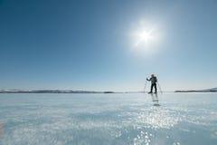 Норвежские пешие коньки Экспириментально путешествие катается на коньках для увеличиваемых отключений к льду Использованный в Рос Стоковые Фотографии RF