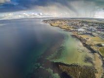 Норвежские фьорд и побережье, вид с воздуха Стоковая Фотография