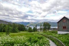 Норвежский деревенский взгляд фьордом Alta Стоковые Фотографии RF