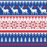 Нордическая безшовная картина с оленями и рождественскими елками Стоковые Изображения RF