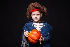 носить пирата costume мальчика маленький halloween Стоковая Фотография RF
