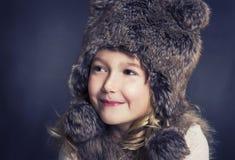 носить шлема девушки шерсти стоковое фото rf