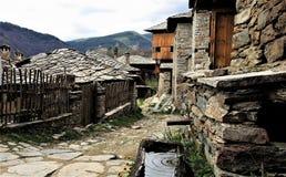 Ностальгия Деревня Kovatchevitsa, Болгарии стоковая фотография rf