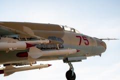 Нос воздушных судн и ракет под крылами стоковые фото