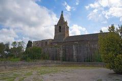 Нотр-Дам de Ла Главн - католическая церковь - Arles - Провансаль - Camargue - Франция стоковые фотографии rf