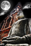 Ноча буддизма статуи Стоковое Изображение RF