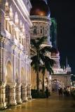 Ноча в здании Abdul Samad султана, Куалае-Лумпур стоковое изображение