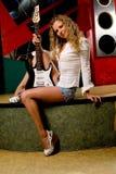 ноча гитары девушки клуба электрическая Стоковое фото RF