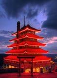 ноча города обозревая чтение pagoda PA стоковое фото rf