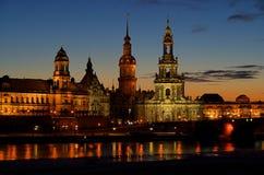 Ноча городка Дрезден старая стоковая фотография rf