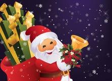 Ноча зимы в лесе Санта Клаусе рождества с сумкой подарка и колоколе в руке Стоковая Фотография
