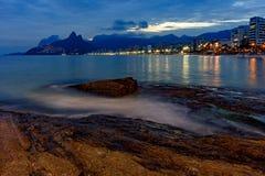 Ноча и света на пляже Ipanema Стоковая Фотография RF