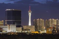 Ноча Лас-Вегас башни стратосферы стоковое фото rf