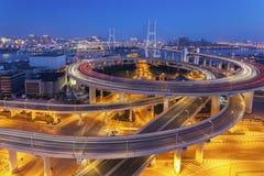 Ноча моста Шанхая Nanpu стоковое изображение rf
