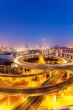 Ноча моста Шанхая Nanpu стоковое фото