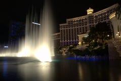 Ноча Невада Лас-Вегас воды fountans Bellagio Стоковые Фотографии RF