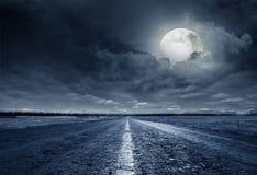 Ноча дороги асфальта Стоковое Изображение