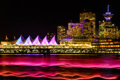 Ноча освещает, Ванкувер, Британская Колумбия, ДО РОЖДЕСТВА ХРИСТОВА, Канада Стоковые Фотографии RF