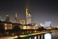 ноча основы frankfurt Германии Стоковая Фотография RF