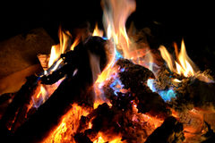 ноча пожара предпосылки тусклая Стоковое фото RF